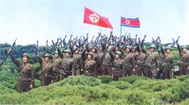 150716 - SK - KIM JONG UN - Die unbesiegbare Revolutionsarmee mit einem herausragenden Heerführer an der Spitze - 02