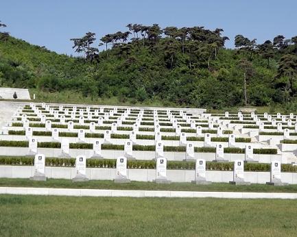 150726 - SK - Die Helden leben ewig fort - 04 - Ehrenfriedhof der gefallenen Teilnehmer an dem Vaterländischen Befreiungskrieg