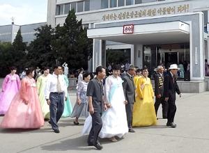 150728 - SK - Koreanische Frauen im glücklichen Leben - 03