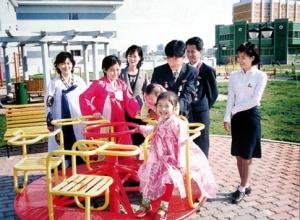 150728 - SK - Koreanische Frauen im glücklichen Leben - 15