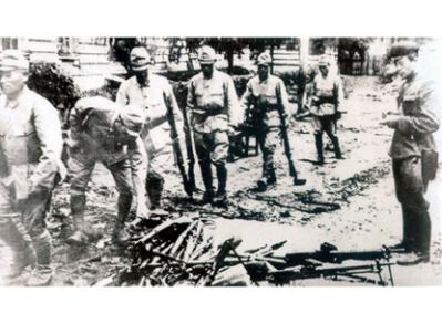 150731 - SK - Der große Patriot - Heerführer KIM IL SUNG - 70. Jahrestag der Befreiung - 14