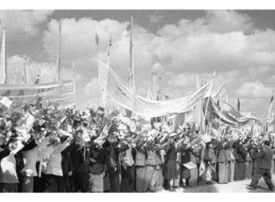 150731 - SK - Der große Patriot - Heerführer KIM IL SUNG - 70. Jahrestag der Befreiung - 19