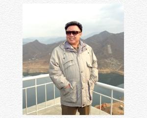 160201 - SK - KIM JONG IL - Ein Leben für das Volk - 01